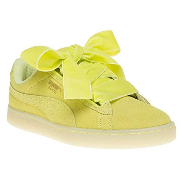 the latest 17ce7 60de5 PUMA Suede Heart Reset Women's Sneakers Shoes New NWT